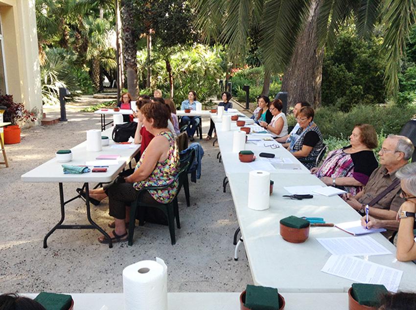 Taller de ikebana en el jard n bot nico de valencia for Talleres jardin botanico
